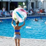 Vahakni Outdoor Swimming Pool And Bar